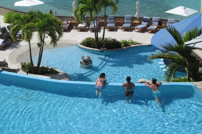3.1A_ScrubIsland_Slide_4_3-Tiered_Pool_700x465