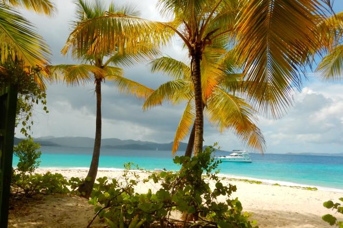 3.1B_Tortola_Slide_6_Sandy_Cay_700x465
