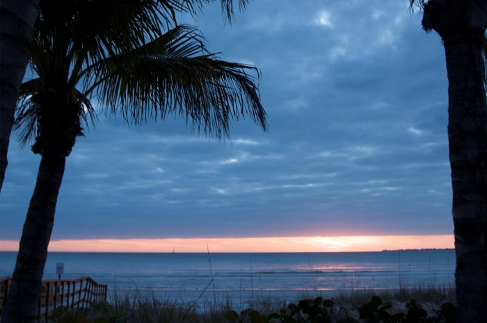 3.2B_Ft.MyersBeach_Slide_16_Sunset_700x465