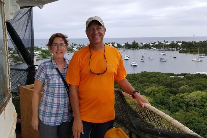 Blog17-Colgate-Offshore-Segeln-Abenteuer-Bahamas-top-of-loighthouse_700x465