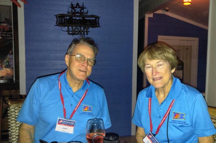 Blog5-Colgate-Offshore-Segeln-Abenteuer-Bahamas-Dinner-1st-Nacht-2-700x465