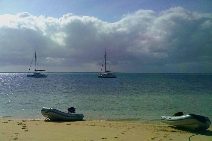 Blog8-Colgate-Offshore-Segeln-Abenteuer-Bahamas-Anker-fleet_700x465