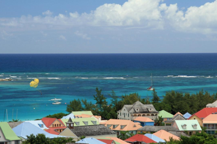 St.Martin-Flotilla-Cruise-Orient-Bay_700x465