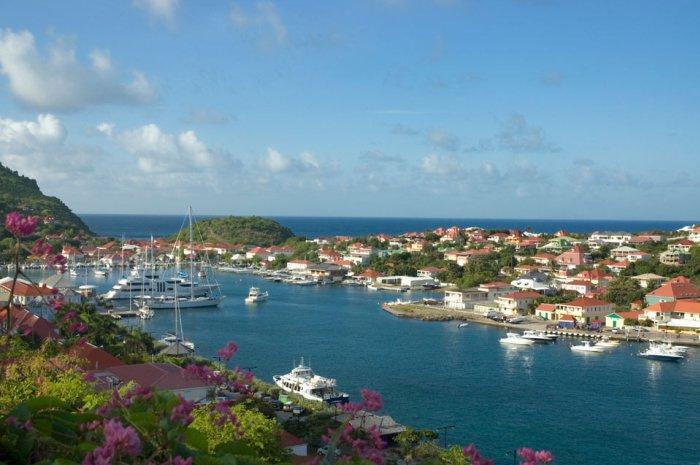 St.Martin-Flotilla-Cruise-gustavia-st-barts_700x465