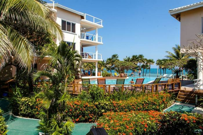 Laru-Beya-Resort-buildings_700x465