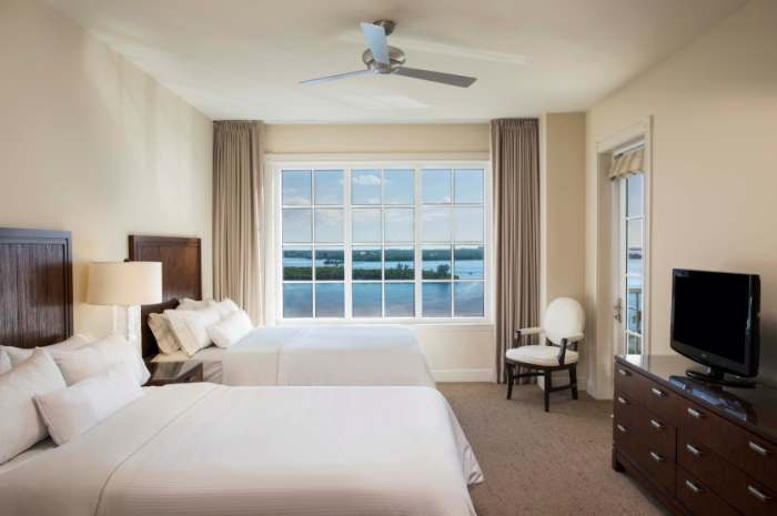 Westin-Double-Superior-Deluxe-Room_700x465