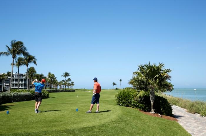 Golf-3_700x465