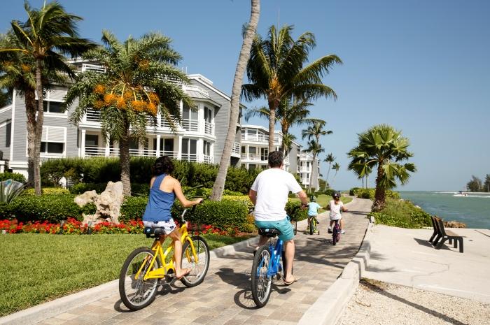 family-bikes-3_700x465