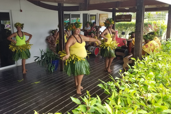 2018Tahiti_Base-Dancers2
