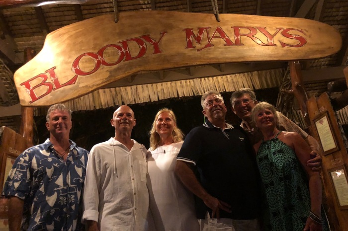 2018Tahiti_group-at-BloodyMarys